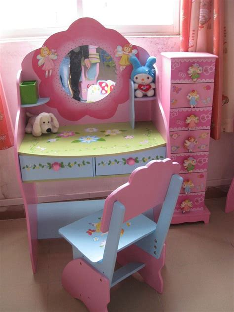 kids bedroom vanity best 25 kids dressing table ideas on pinterest kids