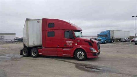 2006 volvo semi truck volvo 2006 sleeper semi trucks