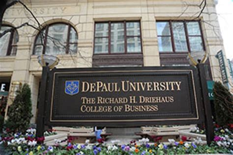 Depaul Finance Mba by Hit The Books Crain S Mba Guide Focus Crain S Chicago