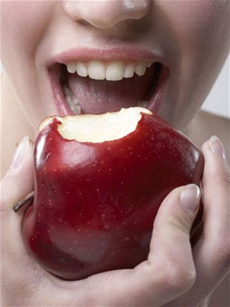 what happens if a eats gum 30 best ideas about dental tips on tooth hygiene and teeth