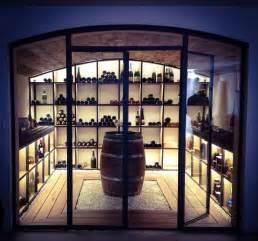 cave vin design les 25 meilleures id 233 es de la cat 233 gorie caves 224 vin sur