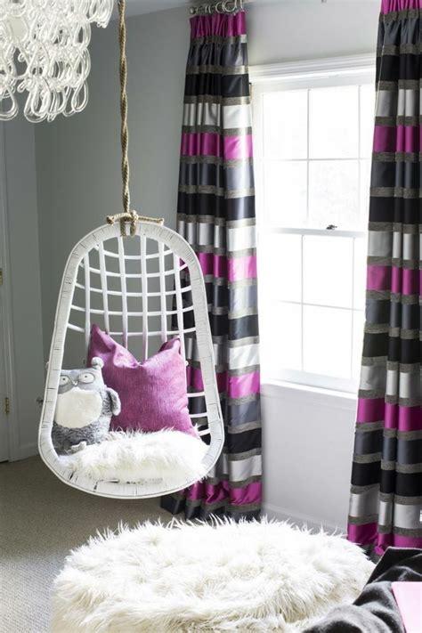 gardinen fur kleine schlafzimmer moderne lila vorh 228 nge im jugendzimmer und eine schaukel