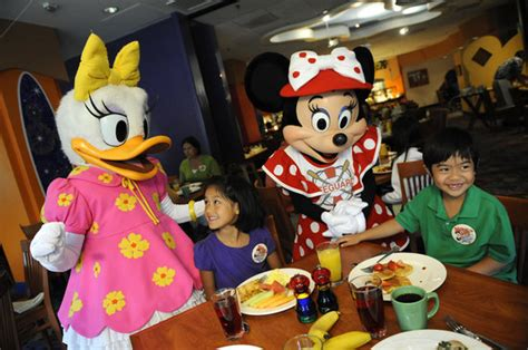 Disney Pch Grill - disney s pch grill anaheim disneyland restaurant reviews phone number photos