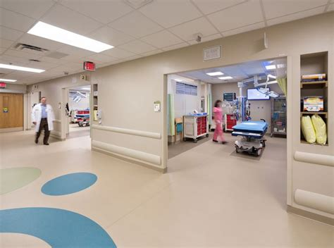 Center Emergency Room by 1000 Ideas About Emergency Department On Er