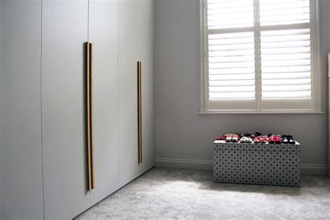 smooth shallows fitted wardrobe  family townhouse