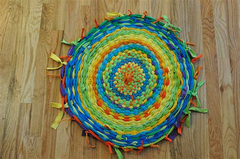 hoola hoop rug make a t shirt rug family crafts