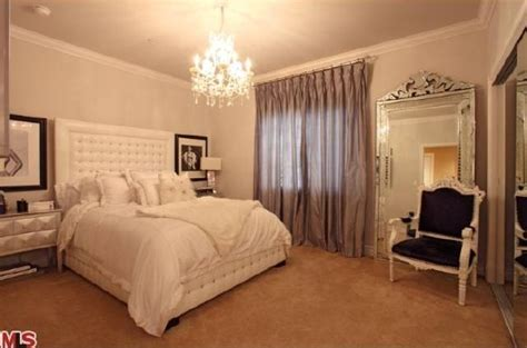 kim kardashian bedroom photo luxury photos and articles stylelist