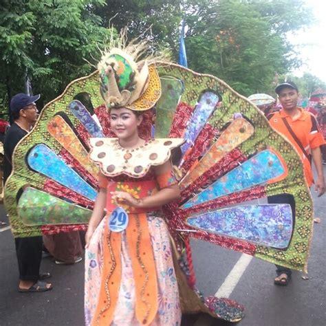 Sabilla Batik arak arakan batik pekan batik nusantara 2016 ila rizky
