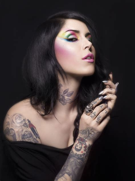 d von kat von d brings make up line to the middle east ahlan