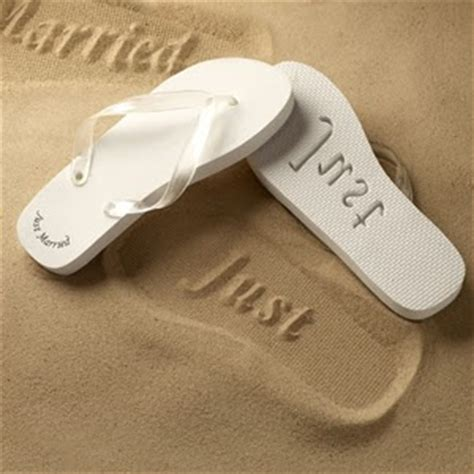 Just Married Flip Flops Just Married Flip Flops Sandals | a party style just married flip flops