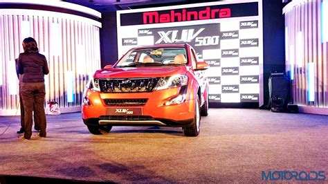 mahindra price in mumbai new mahindra xuv500 facelift launched in mumbai at rs 11