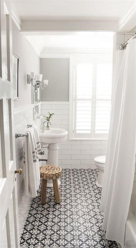 Hexagon Vinyl Flooring by Eleven Stunning New Bathroom Trends To Inspire You Stuff