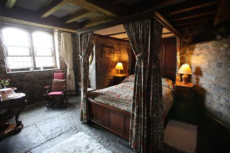 Castle Bedroom by Castle Rent An Castlerent An Castle