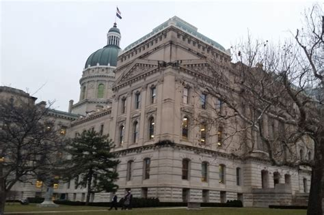 Indianapolis Unemployment Office by Senator Backs To Raise Officeholder Pay