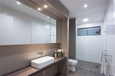 hoeveel inbouwspots toilet tips voor een geslaagde badkamerverlichting