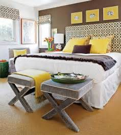 Two wall colors together and the yellow accents add a pop of color