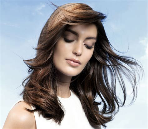 hairstyles and color to make you look younger hair tricks that make you look younger