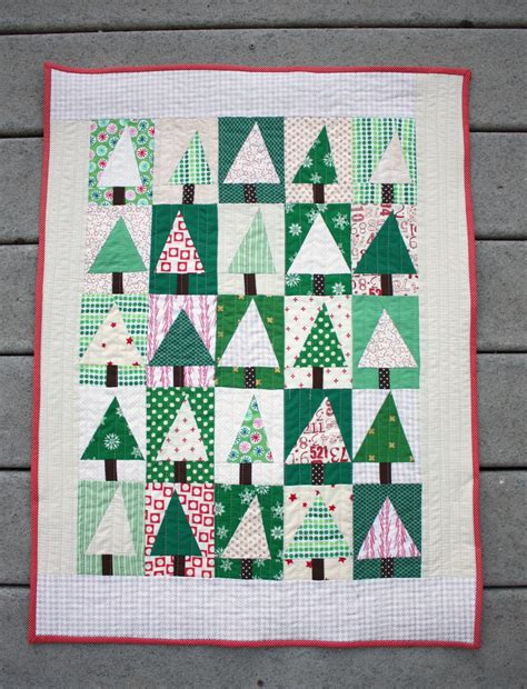 pattern for christmas tree quilt modern christmas tree quilt block tutorial diary of a