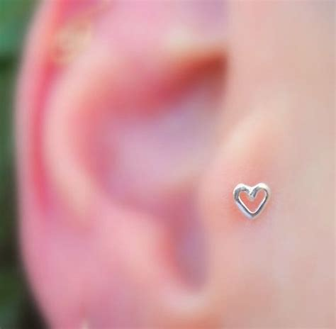 tragus piercing i need to purchase this stud