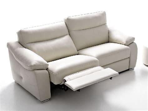 divani relax offerte divano con relax scontato divani a prezzi scontati