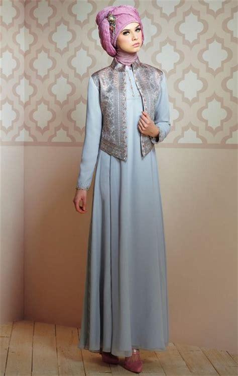 Busana Muslim Untuk Pesta 25 Koleksi Gaun Pesta Muslim Modern Dan Elegan Ide Model