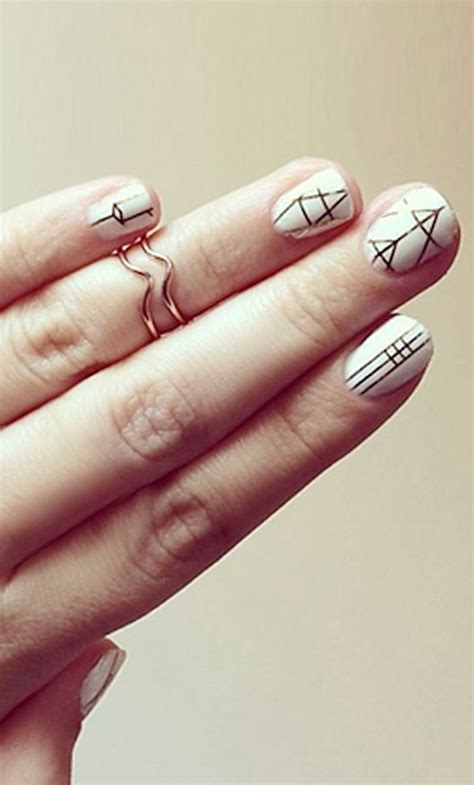 geometric pattern nails best 25 geometric nail art ideas on pinterest nail blog