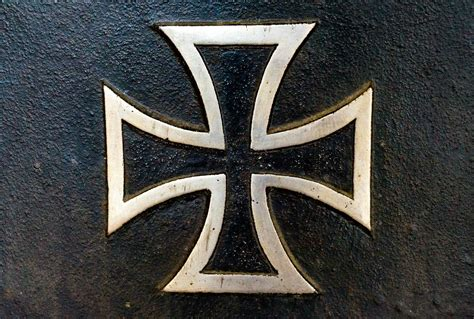 iron cross tattoos meaning iron cross ideas and meanings on whats your sign