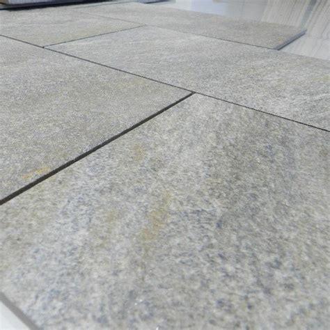 piastrelle effetto pietra per esterno gres porcellanato effetto pietra rock 20x20 20x40 r11 per