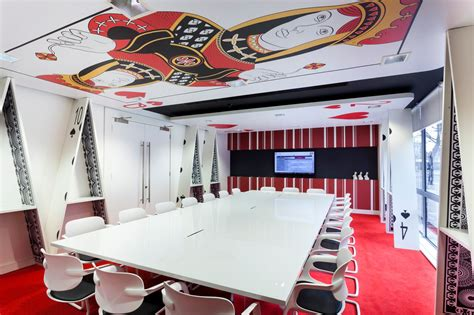 of hearts room offices in to rent with theme changing the