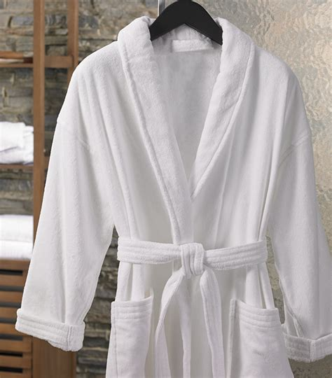 Buy Luxury Hotel Bedding from Marriott Hotels   Terry Velour Shawl Robe
