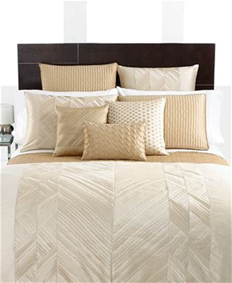 ivory pintuck comforter hotel collection bedding pieced pintuck ivory collection