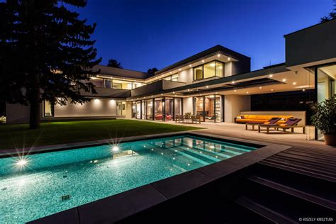 luxury modern homes modern day bauhaus home is a contemporary masterpiece