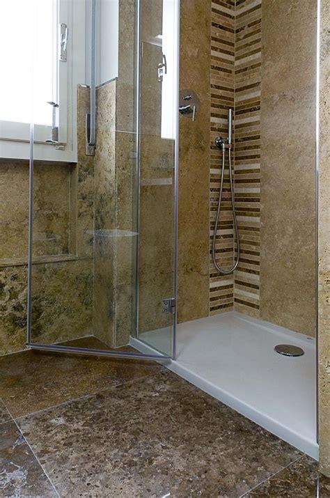 immagini di docce il mosaico per il box doccia mosaici bagno by pietre di