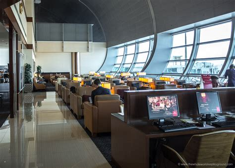 emirates lounge dubai 187 2015 marked another year of growth at emirates with key