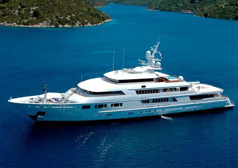 ebay yachts топ 10 какими яхтами владеют российские миллиардеры