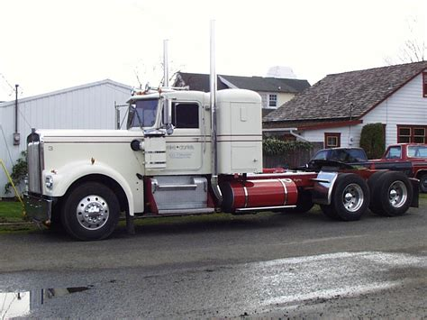 Image Gallery Old Kenworth Trucks
