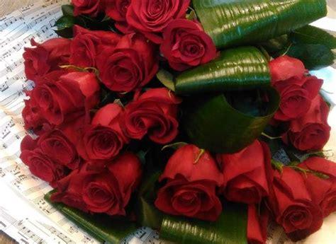 fiori stelo lungo mazzo di fiori a stelo lungo
