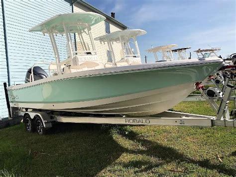 robalo boats houston 2017 robalo 246 cayman 25 foot 2017 boat in kemah tx