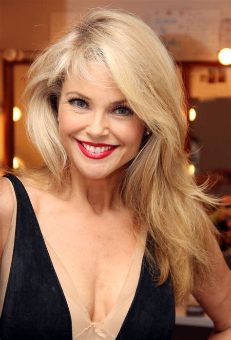 hair color that looks natural on 60 year old women christie brinkley 60 years old people looks young and
