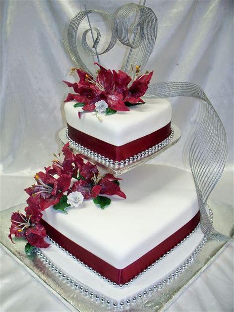 Heart Shaped Wedding Anniversary Cakes   fancy cakes