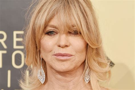 goldie hawn now photos goldie hawn stuns on the 2018 sag awards red carpet new