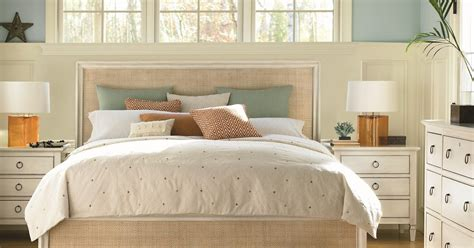 baers custom furniture accent walls  add style   bedroom