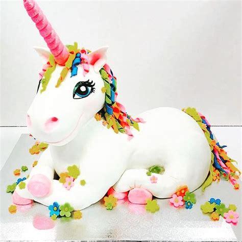 unicorn pattern for cake best bakery unicorn cakes and magical unicorn on pinterest