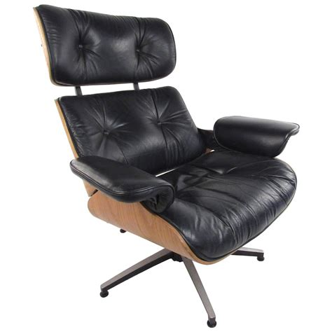 Vintage Eames Lounge Chair For Sale by Vintage Modern Eames Style Swivel Lounge Chair For Sale At