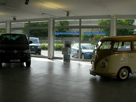 Vw Auto Bach Bad Homburg by Vintage Volkswagen Quot Rusted By The Rain Quot 80 Jahre Auto