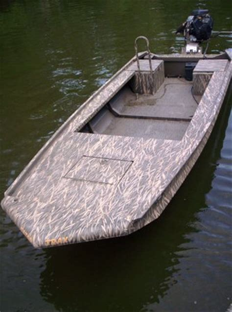 pictures of gator trax boats pin gator trax duck hunting fishing boats for sale