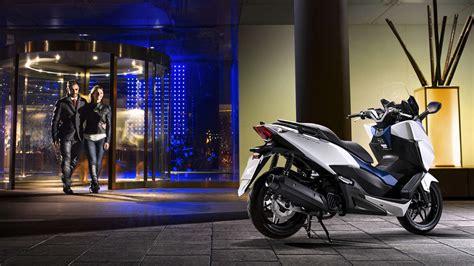 125 Er Motorrad Autobahn by 220 Bersicht Forza 125 Motorroller Modellpalette