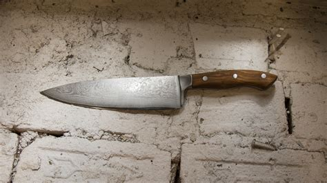 Top Of The Line Kitchen Knives This Beautiful Chef S Knife Is Beautifully Cheap Gizmodo Australia