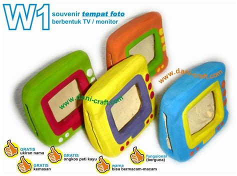 Tempat Pulpen Pensil Musik Box Dan Bingkai Foto 1 tempat foto berbentuk tv monitor w1 souvenir pernikahan