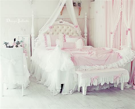 girly beds bed bedroom girly pink image 640726 on favim com
